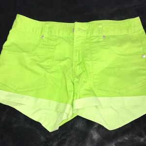 Neon green jeans shorts